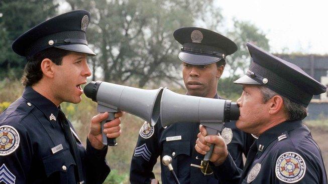 Policejní akademie se (už zase...) vrací
