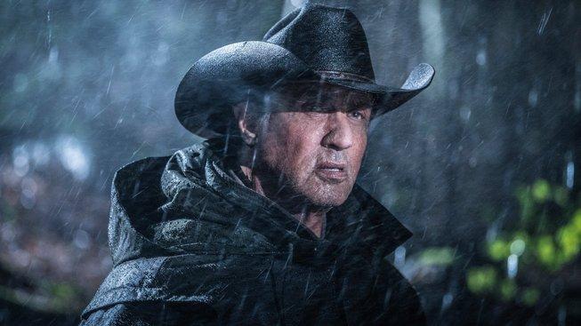 První teaser na Rambo V naznačuje komorní akci