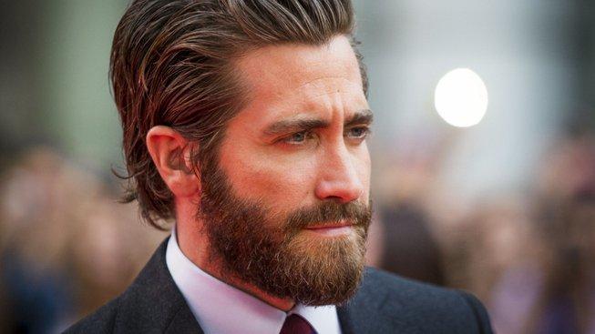 Spider-Manovi příští rok zatopí Jake Gyllenhaal jako iluzionista Mysterio