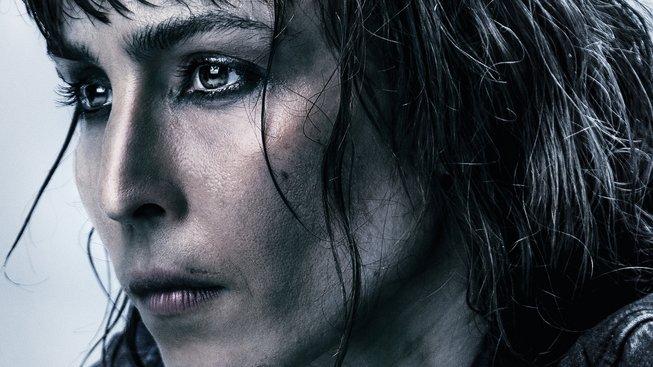 Noomi Rapace se v Close pustí do surového akčního thrilleru