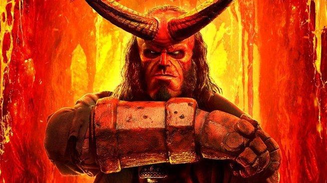 V necenzurovaném traileru na tu pilu Hellboy přitlačil a je to znát
