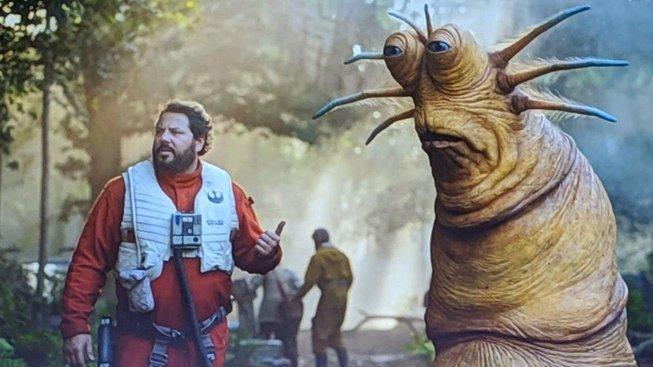 star wars episode 9 the rise of skywalker - alien and pilot