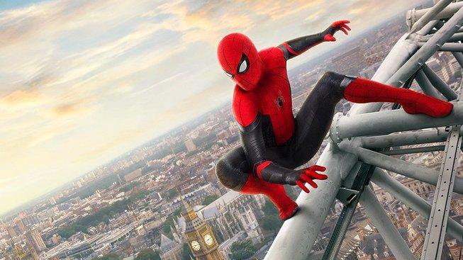 Spider-Man: Daleko od domova: druhý trailer nabízí víc Prahy i Mysteria