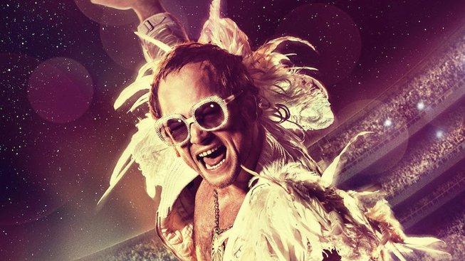Recenze: Rocketman – muzikálová jízda s Eltonem Johnem