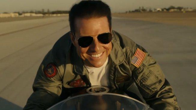 Top Gun: Maverick sází na nostalgii víc než na cokoliv jiného