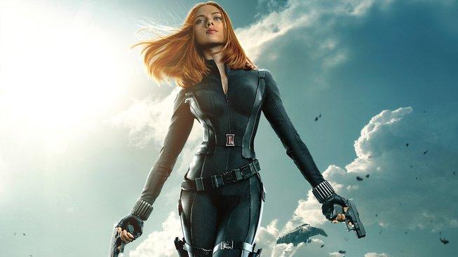 Dubnová Black Widow láká na tajemství ze své minulosti