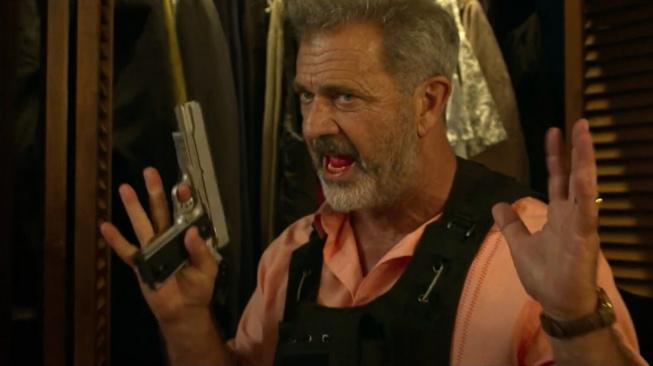 Mel Gibson se ve Force of Nature postaví hurikánu i zlodějům