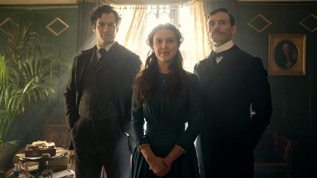 V další Enola Holmes se vrátí Millie Bobby Brown i Henry Cavill