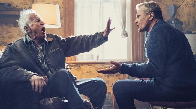 Režijní debut Vigga Mortensena Falling se točí kolem gay páru a stařecké demence