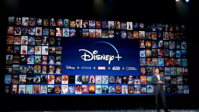 V Disney se utrhli ze řetězu a oznámili lavinu nových seriálů a filmů