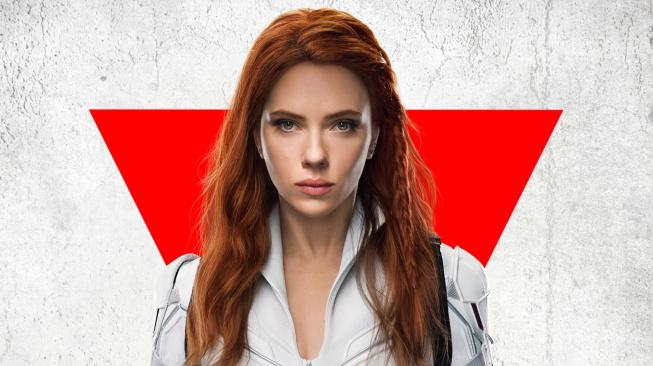 Scarlett Johansson a Florence Pugh lákají na akcí nabitou Black Widow