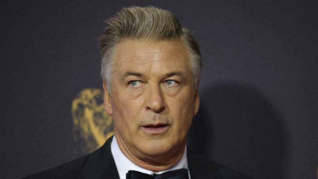 Tragická nehoda na place westernu Rust: Baldwin zastřelil kameramanku a postřelil režiséra